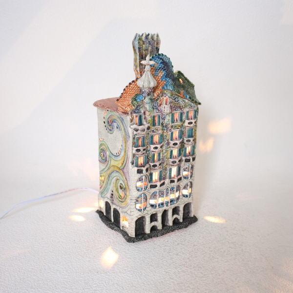 ランプハウス インテリアランプ 卓上ランプ リトアニア製 ミニチュアハウス mie250n