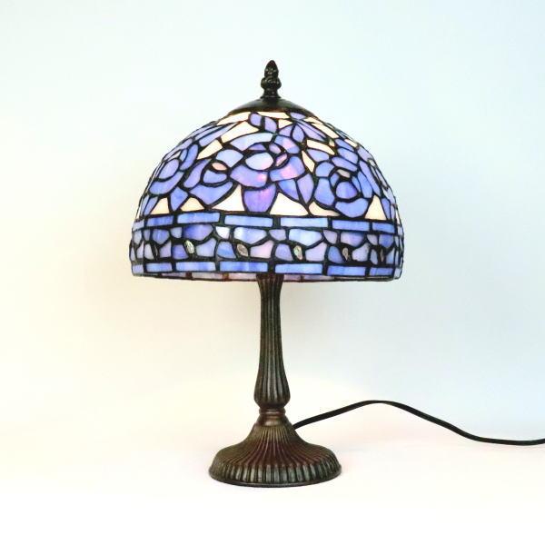 テーブルランプ ステンドグラステーブルランプ ステンドグラスランプ ブルーローズ 卓上ランプ 照明 流行 ブルー689248 倉庫 ステンドグラス 薔薇 ブルー ランプ