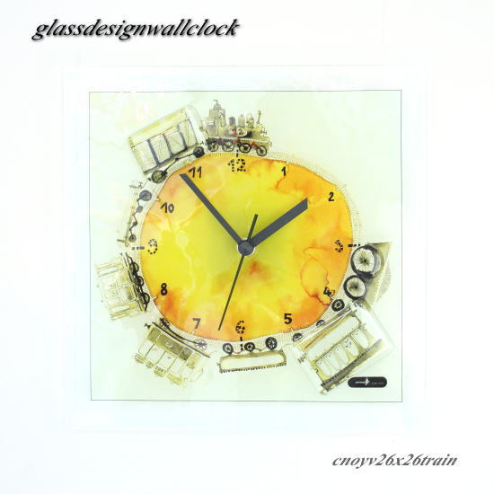 掛け時計 掛時計 cnoyv26x26train グラスデザイン掛け時計 ハンガリー製 ガラス