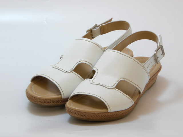 15023453e55b naturalizer ナチュラライザージュートwinding low wedge sandals (white) Lady s shoes  shoes sandals ...
