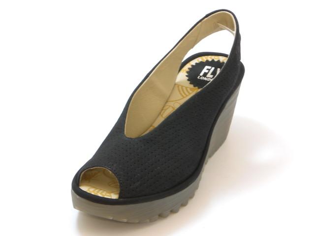 FLY LONDON フライロンドンYAZU バックベルト パンチングウェッジサンダル(ブラックスエード) レディース シューズ 靴 サンダルセール品につき返品・交換・キャンセル不可