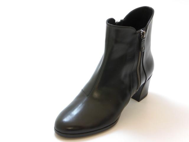 ≪30% OFF SALE≫REGAL リーガルサイドジップショートブーツ(ブラック)レディース シューズ 靴セール品につき返品・交換・キャンセル不可