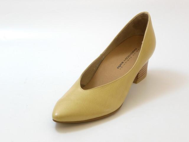 RABOKIGOSHI works ラボキゴシ ワークスインソール入り プレーンパンプス(ベージュ)レディース シューズ 靴