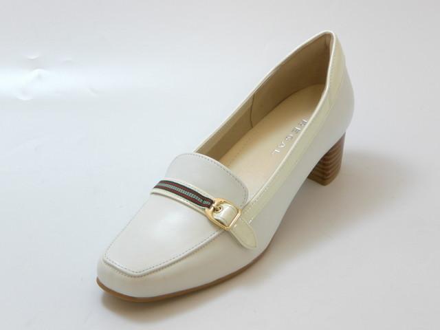 REGAL リーガル甲ベルト ヒールローファー(ホワイト)レディース シューズ 靴セール品につき返品・交換・キャンセル不可