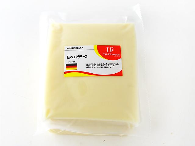 溶けが早く 糸を引くような伸びが特長です ピザやラビオリ ラザニア等 500g 格安SALEスタート ドイツ 様々なイタリア料理に最適です 国内即発送 モッツァレラ