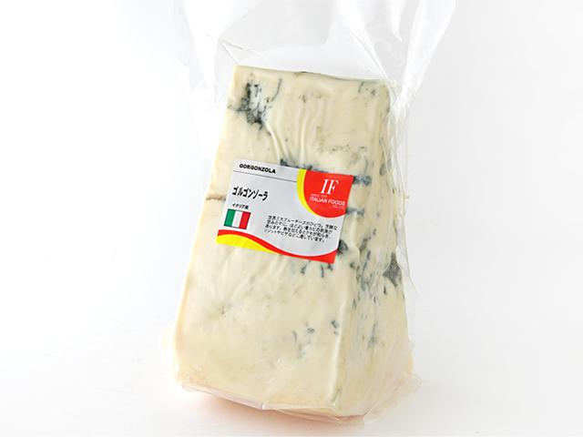 世界三大ブルーチーズのひとつ 芳醇な甘みの中に 国内即発送 ほどよい青カビの刺激があります 熱を加えるとクセが和らぎ 再再販 リゾットやピザなどに適しています イタリア ゴルゴンゾーラ ピカンテ D.O.P 不定貫 約500gカット 税抜385円 100gで再計算 it 税込415円