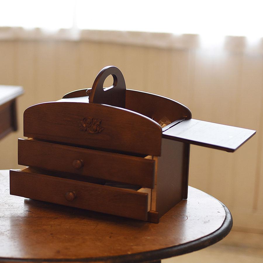 日本製 ソーイングボックス 裁縫箱 大容量 持ち運び ハンドル 取っ手 引き出し 木製 ブラウン 茶色 ダークブラウン こげ茶 レディース 誕生日 ギフト プレゼント 母の日 敬老の日 結婚祝い 20-301