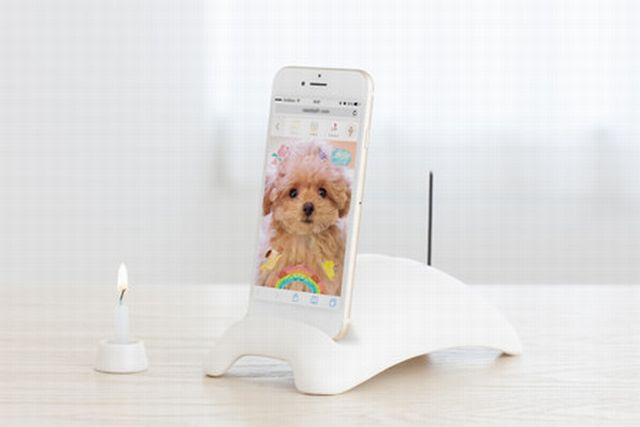 ペットト スマートフォン で いつでも おはなし おいのり モーション ポートレート機能 ローソク立て ローソク付き 写真 動く ペット 瀬戸陶器使用 縦置き 横置き スマホ ペット供養