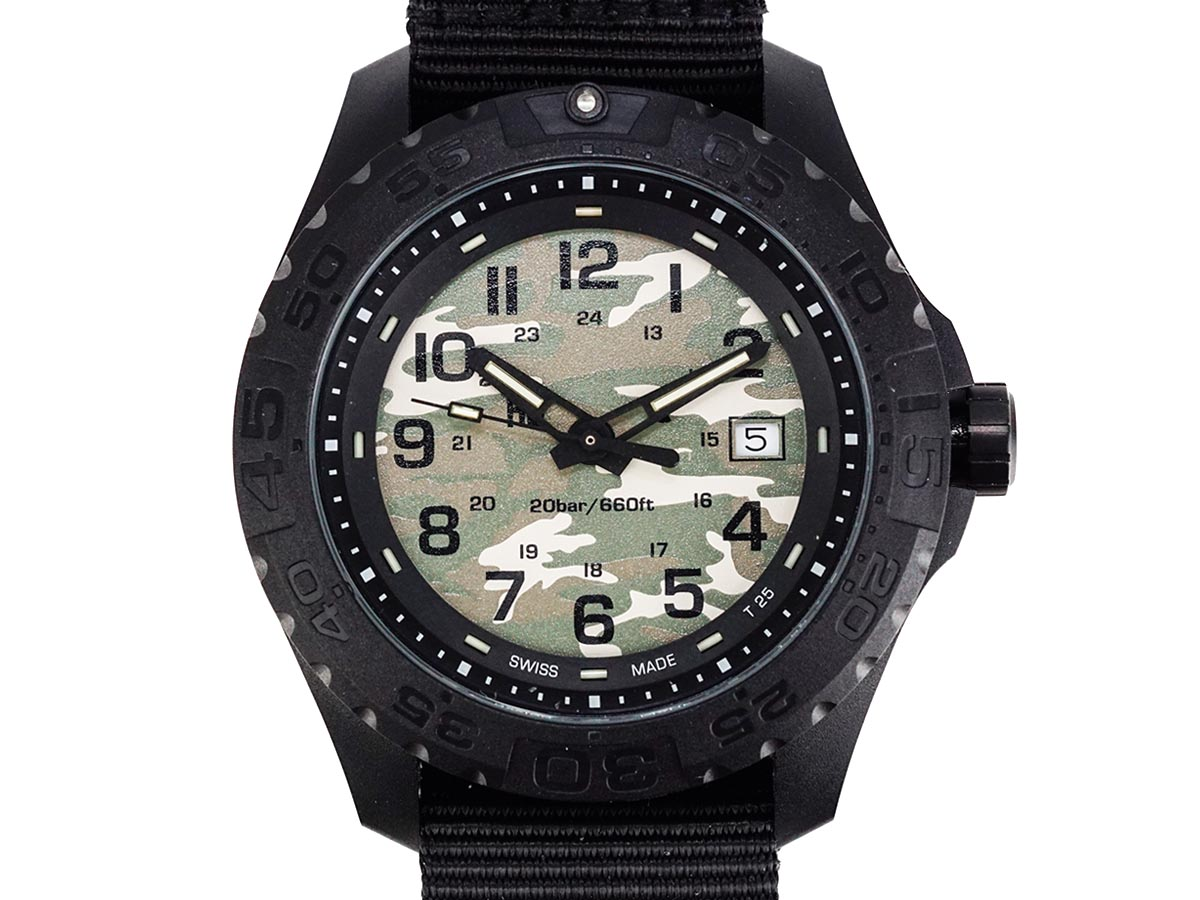 TRASER トレーサー メンズ腕時計 日本限定モデル 9031562 Outdoor Pioneer Camflage ブラック×カモフラージュ ミリタリーウォッチ アウトドアパイオニア 【送料無料 並行輸入品】