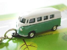 N.CARS ミニカーストラップ 緑白2色 送料無料新品 ディスカウント ワーゲンバス