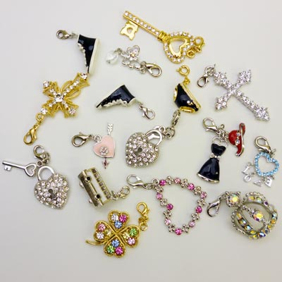 -975 charm bag ★ 4-piece set ★