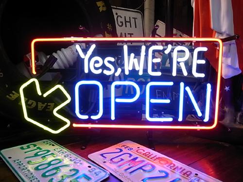 全国送料無料 YES WE'RE OPEN のネオン管 ネオンサイン 看板 オープン アメリカ雑貨 アメ雑 西海岸風 インテリア アメリカン雑貨