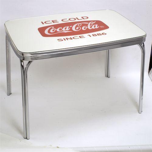 Coca-Colaブランドロゴがバッチシ入ったディナーテーブルです!アメリカン雑貨通販 アメ雑 Coca-Cola コカコーラ ディナーテーブル USA ダイニングテーブル アメリカンテーブル 西海岸風 インテリア アメリカン雑貨