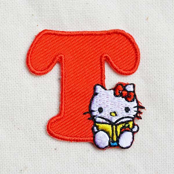 Seal badge Kitty alphabet (T / Red) MKM350-MKM07 anime badge brand store  applique Blazer shirt emblem alphabet initials Snoopy smile military United