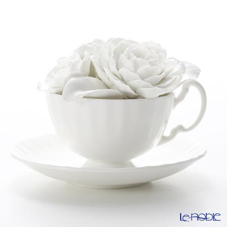 エインズレイ 陶花 コンテンポラリーフローラル ラナンキュラス ホワイト(ソーサー直径14.5cm)【楽ギフ_包装選択】 ギフト お祝い