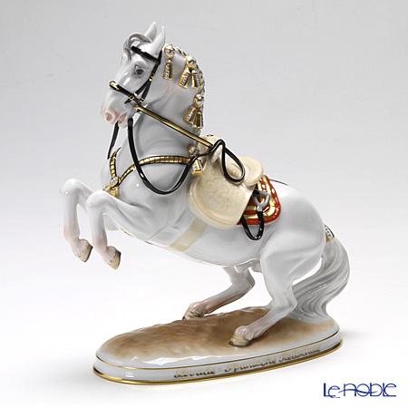 アウガルテン (AUGARTEN) フィギュリン(011210) スペイン乗馬学校 騎手のいないレバード 21.5cm 1550【楽ギフ_包装選択】 置物 オブジェ インテリア