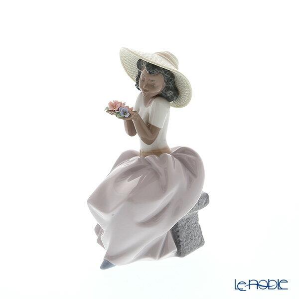 リヤドロ Sweet Fragrance 06822【楽ギフ_包装選択】 リアドロ 記念品 ギフト 置物 オブジェ フィギュリン インテリア