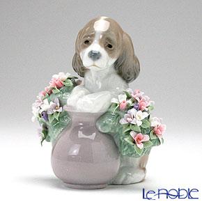 リヤドロ お花が大好き 06574 リアドロ LLADRO 記念品 置物 オブジェ 人形 フィギュリン インテリア