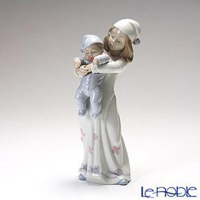 リヤドロ 一緒にベッドへ 08019 リアドロ LLADRO 記念品 母・赤ちゃん・家族 置物 オブジェ 人形 フィギュリン インテリア