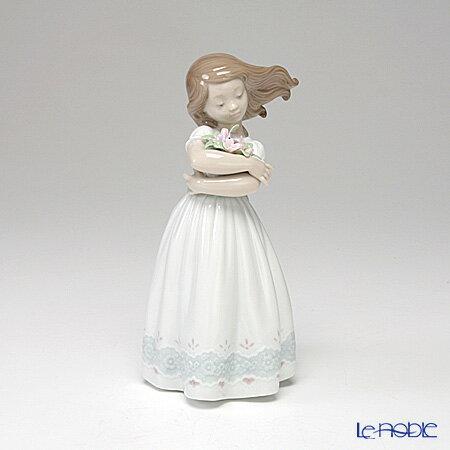 リヤドロ さわやかな風 08248 リアドロ LLADRO 記念品 少女 置物 オブジェ 人形 フィギュリン インテリア