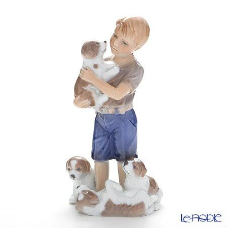 ロイヤルコペンハーゲン (Royal Copenhagen) フィギュリン 少年と子犬 19cm 1249362【楽ギフ_包装選択】 ロイヤル・コペンハーゲン 北欧 クリスマスシリーズ 置物 オブジェ インテリア