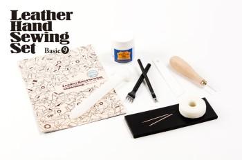 最小限の道具で始めたい方や他の手芸に革を取り入れたい方におすすめ レザーハンドソーイングセット ベーシック9 クラフト社 迅速な対応で商品をお届け致します レザークラフト 休日 レザークラフト工具 手芸 革 ハンドメイド 工具セット ガイドブック 書籍 初心者 手縫い