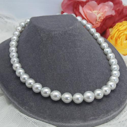 白く透き通るような特級の輝き!白蝶真珠11ミリネックレス!