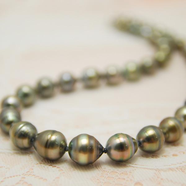 10mm バロック 黒蝶真珠 ネックレス 明るく華やかに輝く南洋真珠ネックレス!