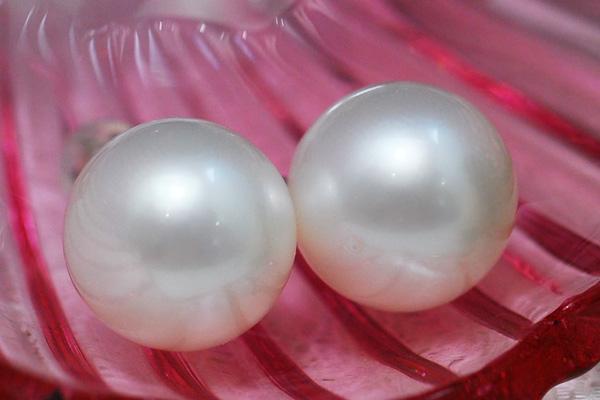 12mm 白蝶真珠 ピアス イヤリング 特大サイズは迫力の存在感! ふんわり優しいシルクホワイトの上質な南洋真珠