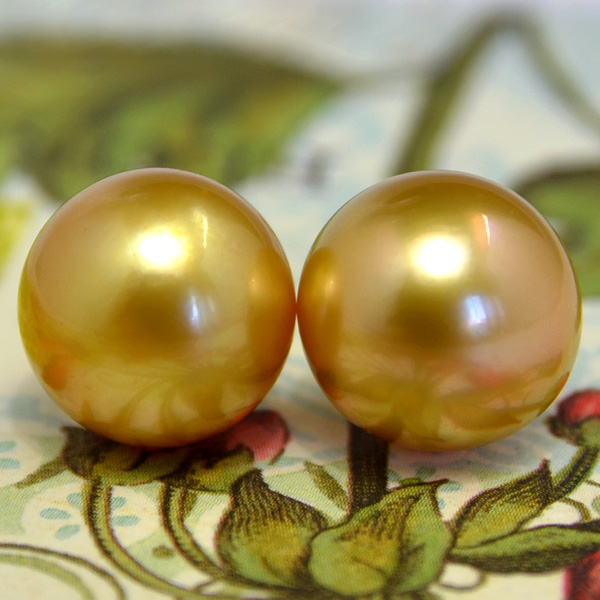 Fine large deep gold, K18YG12mm Gold White Pearl Earring (earring-friendly) natural Pearl is great pomp! Gold Pearl