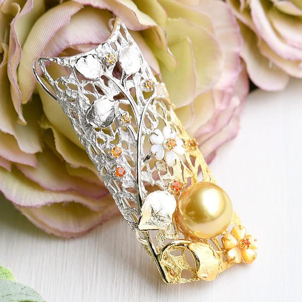 南洋真珠 ゴールド 白蝶真珠 の マルチカラーストーン フラワーデザイン ブローチペンダント 帯留にも! 華やかなゴールドカラー!
