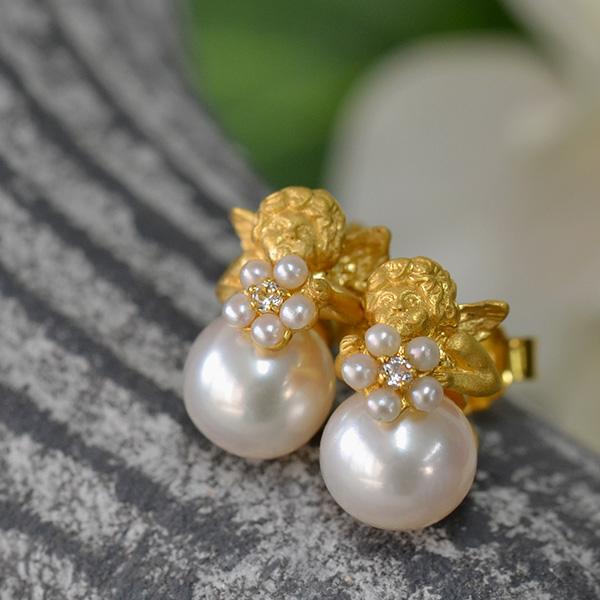 碌山 淡水真珠エンジェルピアス/イヤリング 緻密な細工の小さな可愛い天使♪ こだわりのてりてり上質パール