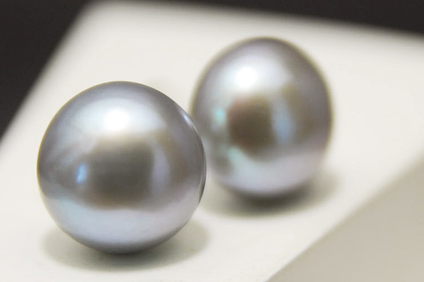 Has A Presence In 10 Mm Grey Freshwater Pearl Earrings And Earring Teriteri Senior Chic Cly Large Is