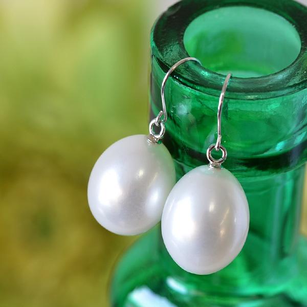 10mmドロップ淡水真珠ピアス/イヤリング てりてりうるうるの存在感抜群大珠パール! 揺れてかわいいシズク