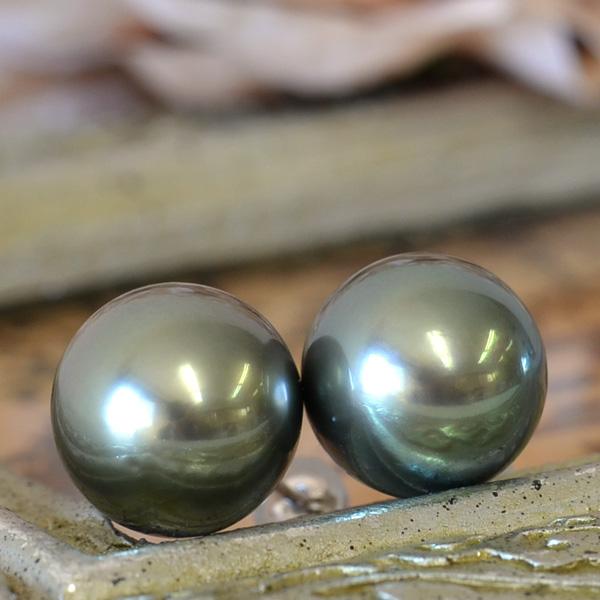 12mm 黒蝶真珠 ピアス/イヤリング てり良し魅惑の大珠!