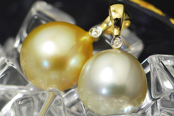 BIMA11mm白蝶真珠&ダイヤモンドK14YGペンダントトップ 上質で色彩豊かなレアカラーが多いビマパール入荷しました!