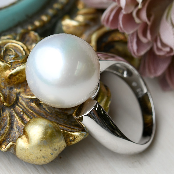 15.4mm 白蝶真珠 K18WG リング 14号 品格のラウンド 希少な特大南洋真珠