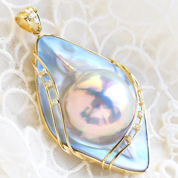 特大 ブルー マベ真珠 ダイヤモンド K18YG ペンダントトップ 極上の輝きで鮮烈な印象を放つ 世界に誇る日本奄美産の一級品! NA09