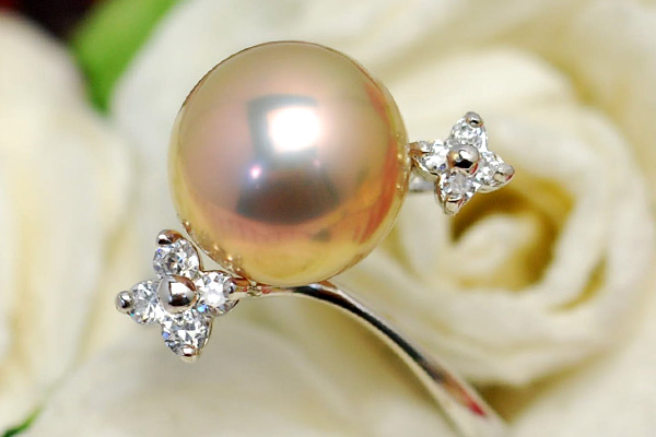 10mm淡水真珠リング てりってり! 景色がぱっきり映る別格のゴージャスな大珠!【メール便不可】