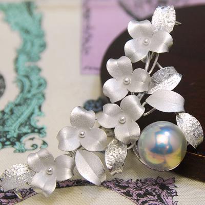 14mmブルーマベ真珠ブローチ グリーンとピンクが鮮やかな特級マベ! ネックレストップにもなります NA09