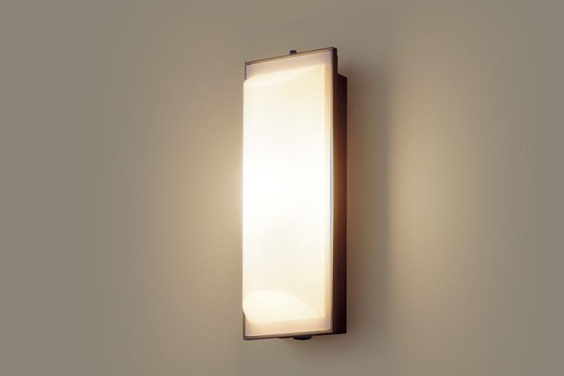 パナソニック壁直付型 LED(電球色) ポーチライト 拡散タイプ・密閉型 防雨型・FreePaお出迎え・明るさセンサ付・段調光省エネ型 40形