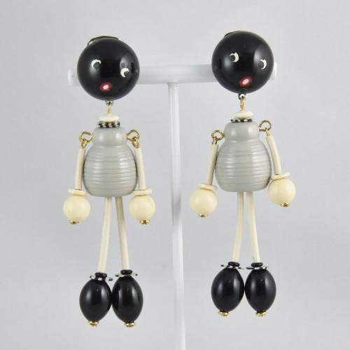 【中古】【未使用品】ヴィンテージ 灰色の人形のイヤリング アクセサリー レディース パリ インポート オールドプラスチック