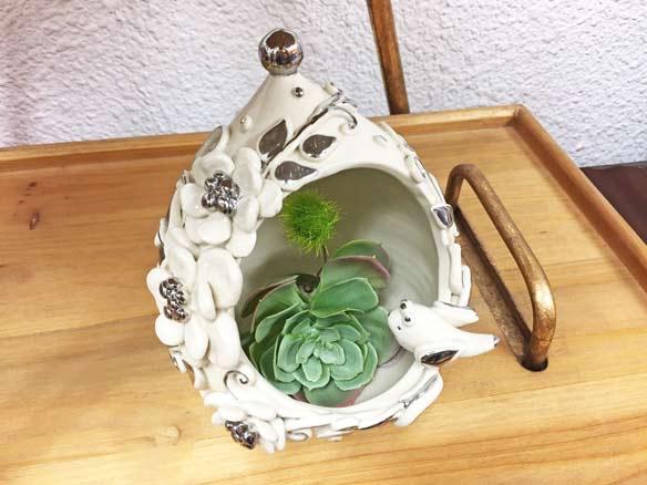 ギフトにおすすめ!送料無料!ラッピング無料!ミカズキッチンMIKA'S キッチン 白コトリ花器L
