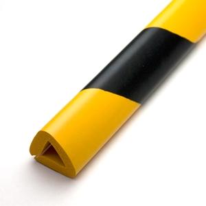 厚さ20mmまでの出っ張り 定番 柱をしっかりはさみ込む 安心クッションはさみ込み型 内径20mmX90cm〈トラ柄〉 6834600 保護 クッション 安全 4968124207810 カーボーイ 高品質 保護材 ゴム