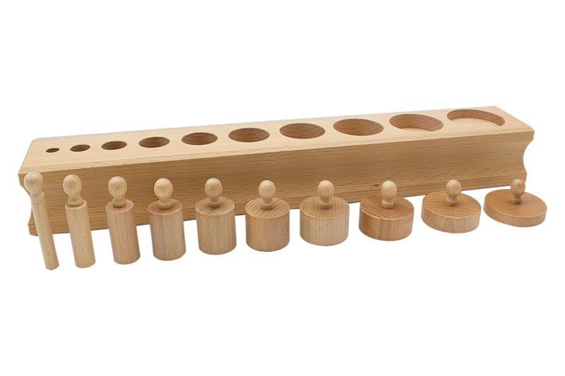 【送料無料(一部地域除く)!!】GAM Japan Cylinder Block No.3 円柱さしNo.3(高さが増大直径が減少) (知育玩具・積み木・協調動作・正確性・集中力)