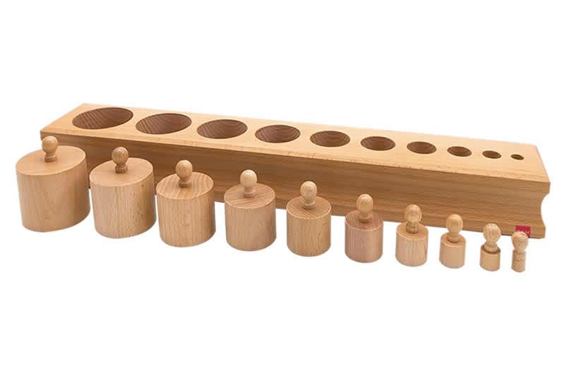【送料無料(一部地域除く)!!】GAM Japan Cylinder Block No.1 円柱さしNo1(高さと直径が減少)(知育玩具・積み木・協調動作・正確性・集中力)