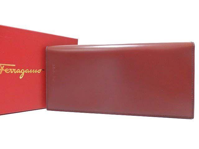 美品 フェラガモ レザー パスポートケース ワインレッド 0129【中古】Ferragamo