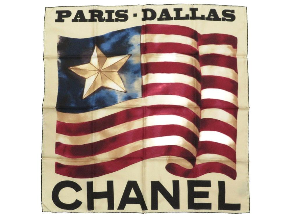 Like-new Chanel PARIS, DALLAS flag flag silk 100% ivory scarf 0050 CHANEL