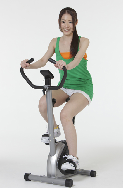 軽量 コンパクト エアロバイク 介護 福祉 リハビリ レクリエーション トレーニング用具