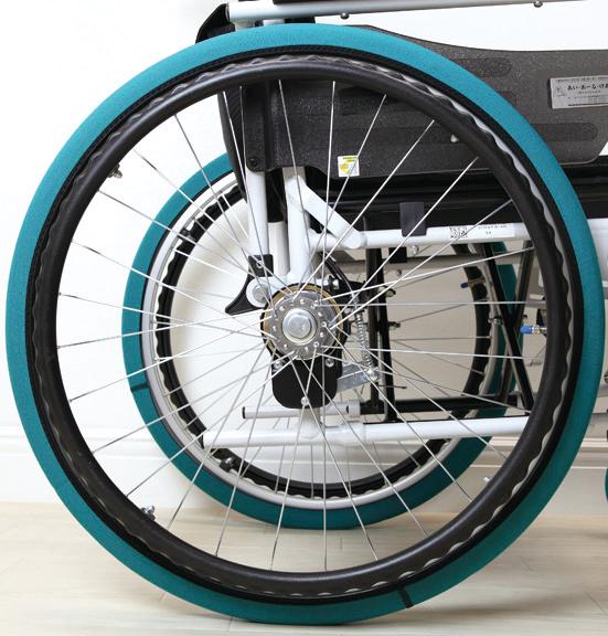 伸縮素材 で 簡単装着 車椅子 タイヤカバー ホイルソックス 2枚入り 送料無料でお届けします 20~22インチ 緑 車椅子用 車輪 キャスターカバー 車イス けあ ついに入荷 車いす カバー あーる 室内用 あい 簡単 介護用品